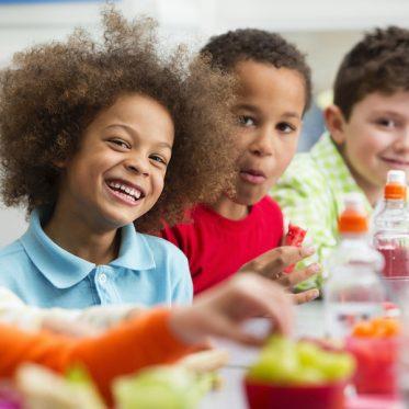 Quanto è importante lo spuntino per i bambini a scuola?